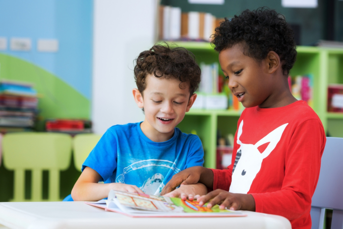 Tips to Encourage Early Literacy Development in Children